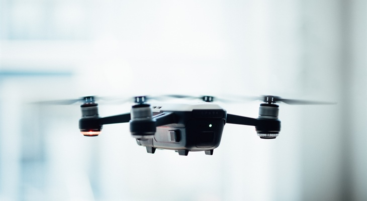 To drone or not to drone